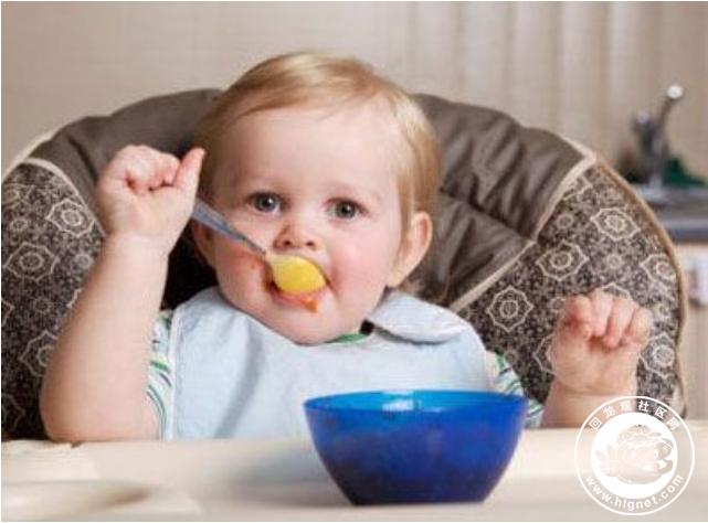小孩吃饭图片可爱