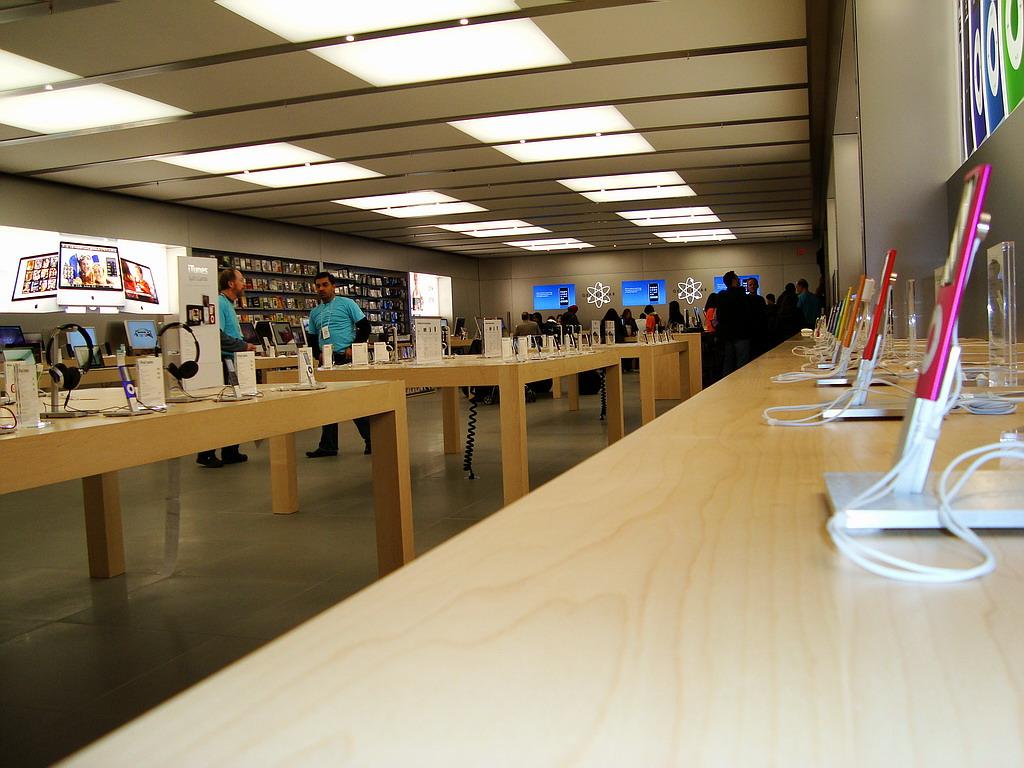 苹果商店下载_亚洲最大苹果直营店落户王府井20121020