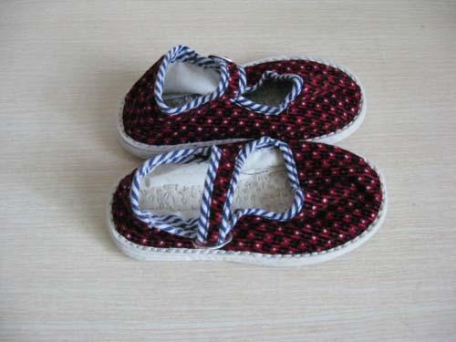 妈妈做的儿童手工布鞋