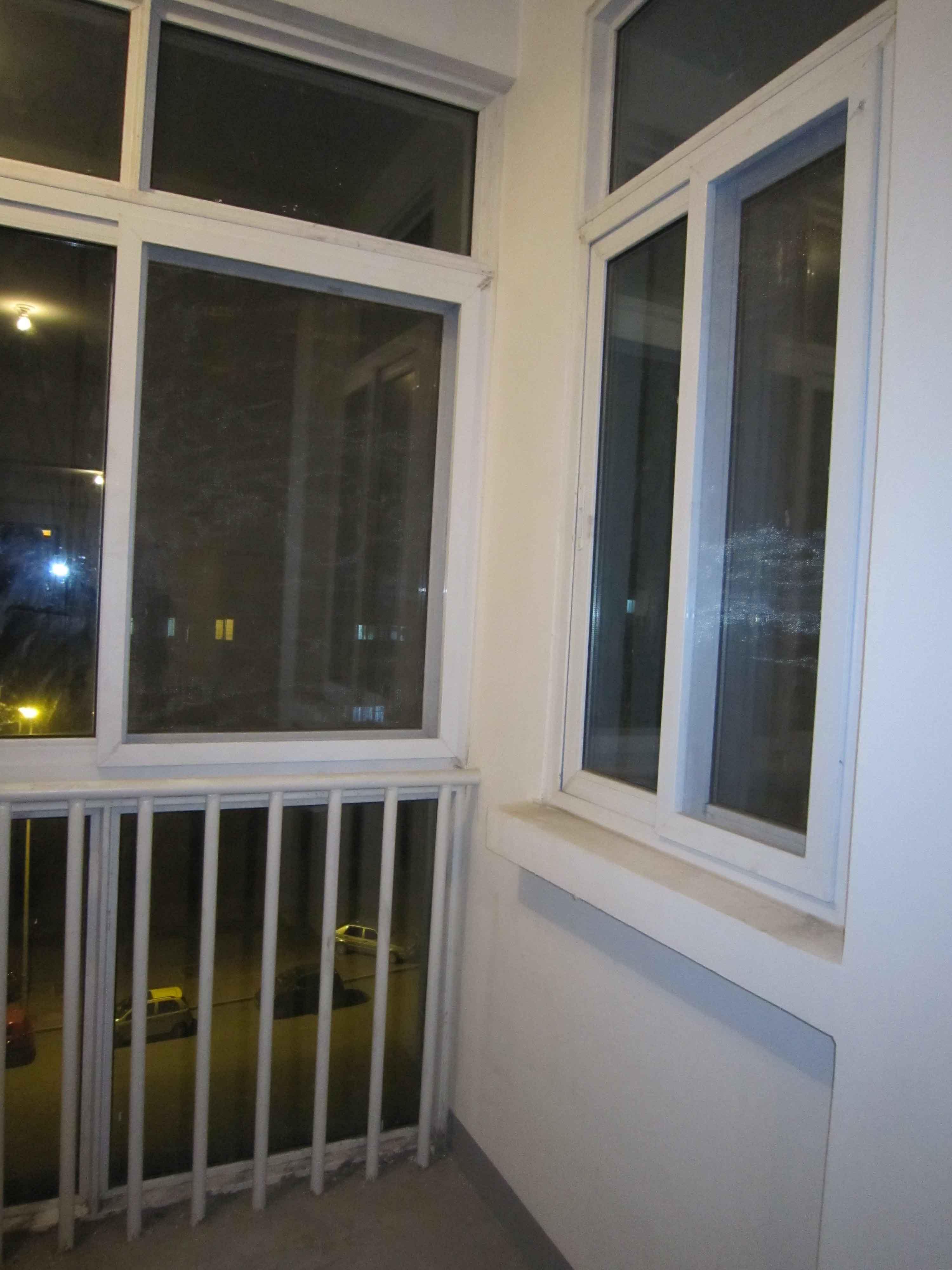 楼房阳台护栏地垫效果图