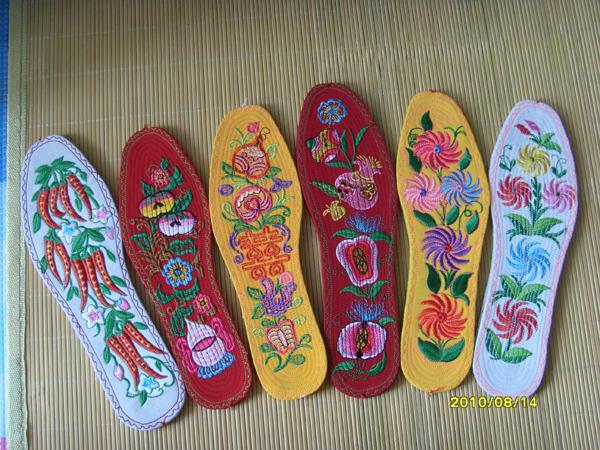 农村手工鞋垫花样子分享_农村手工鞋垫花样子图片 .