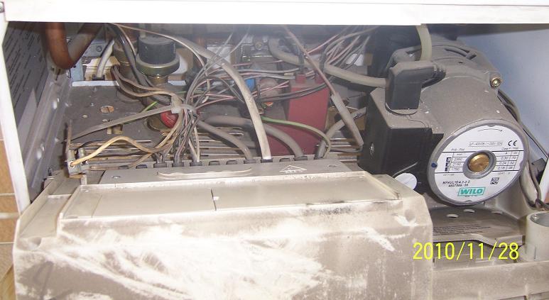 壁挂炉的温控器怎么接线?