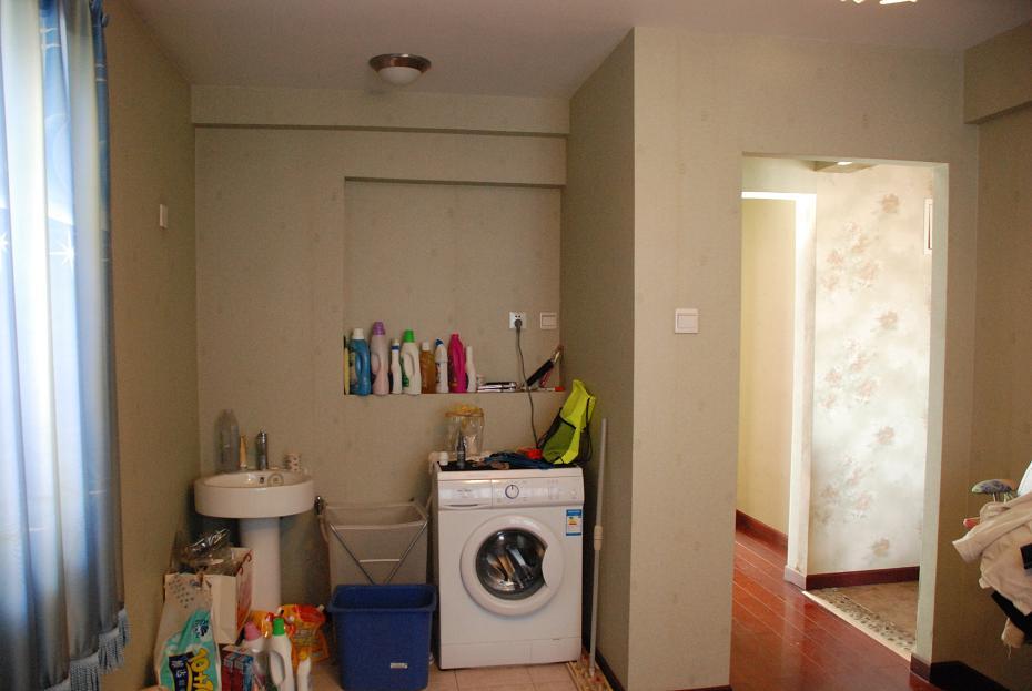 北卧室照片,宽3.4米
