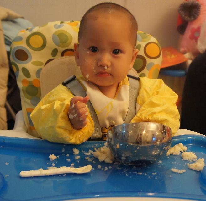 猪吃饭图片大全_猪吃饭图片下载;