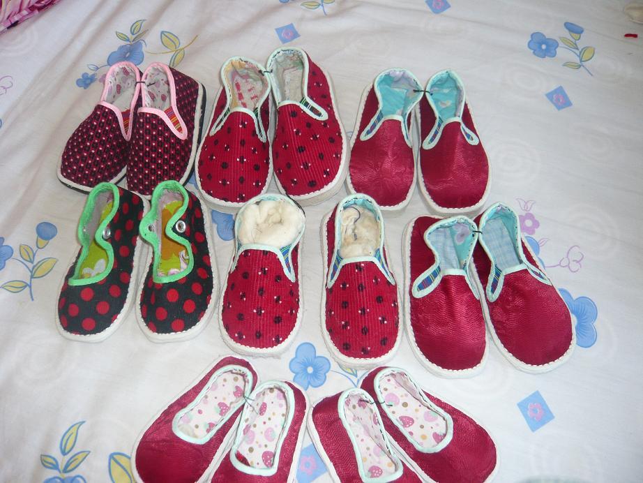 纯手工0-2岁宝宝毛线鞋子和布鞋