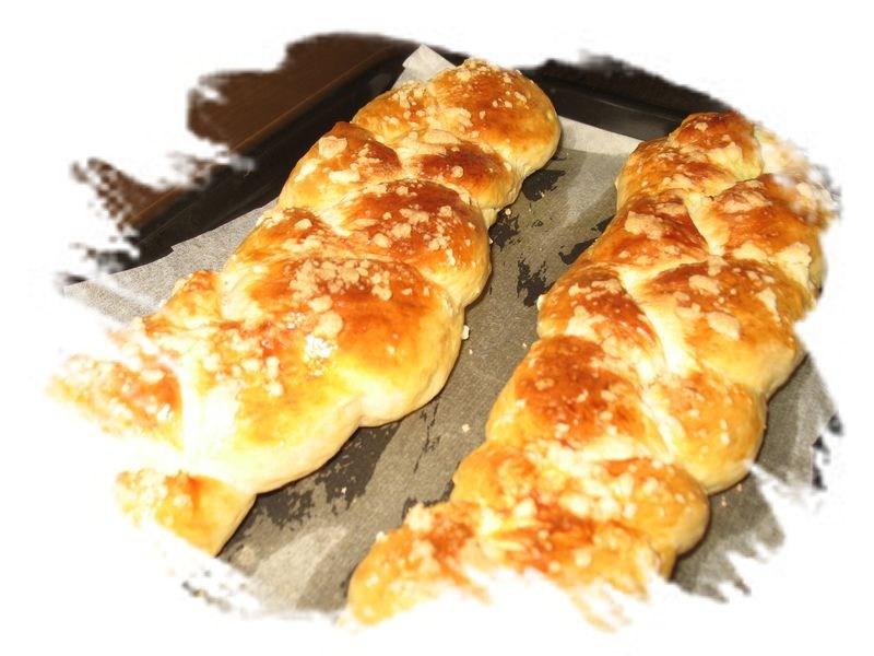看到福福娘买了面包机,我发两张面包图片,分别