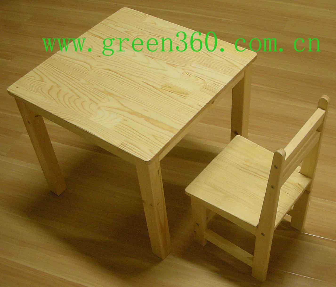 看看实木小桌子,还有实木床