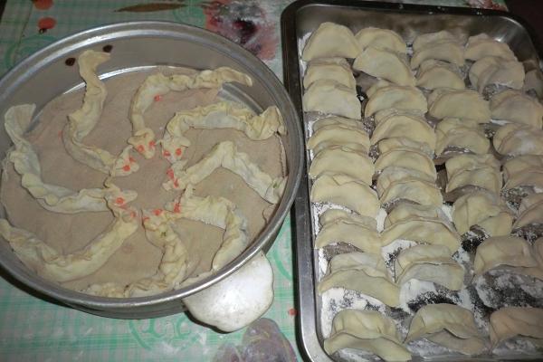 鲤鱼跳龙门哦——我的金鱼饺子和祥龙饺子