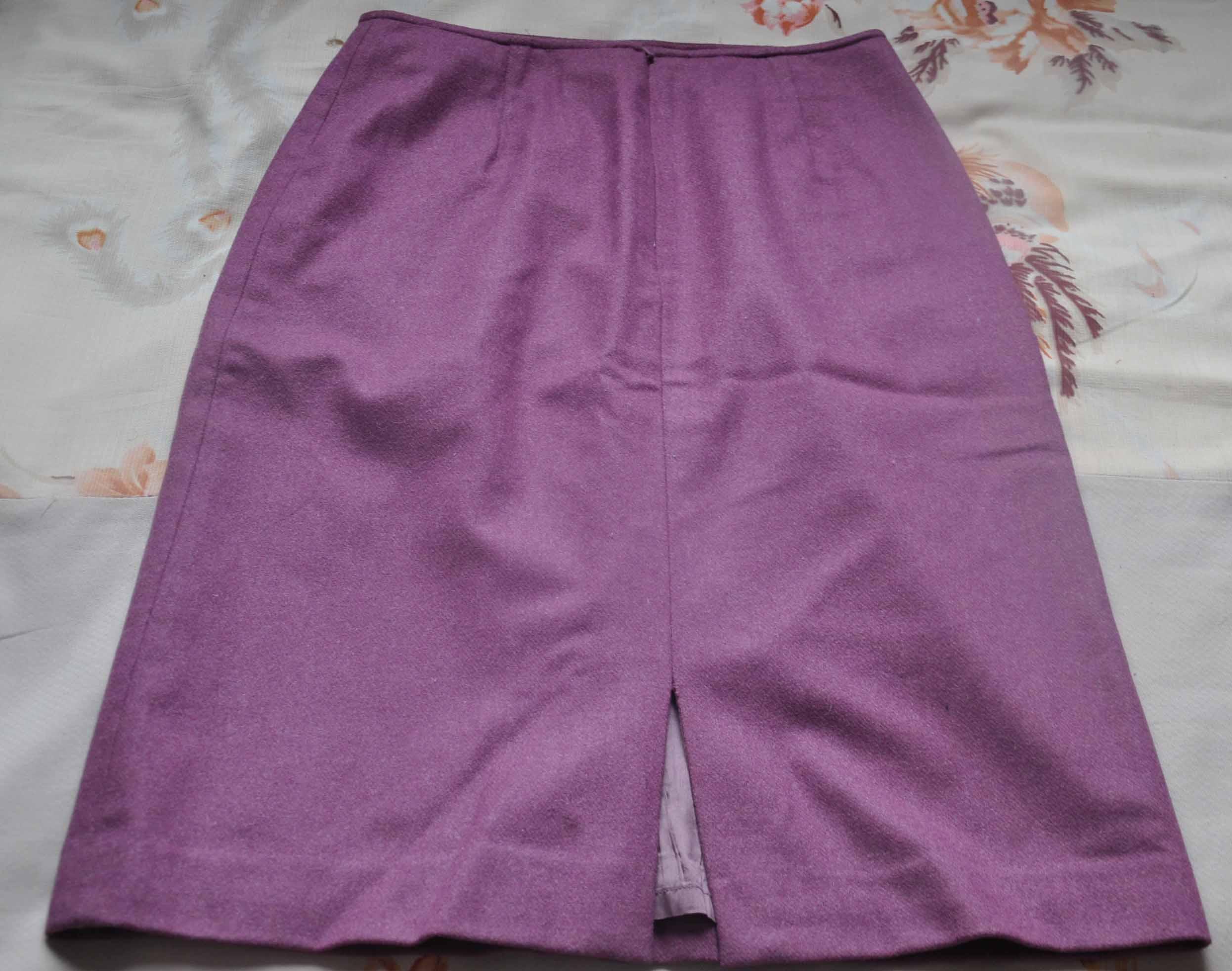 女装店紫色装修风格