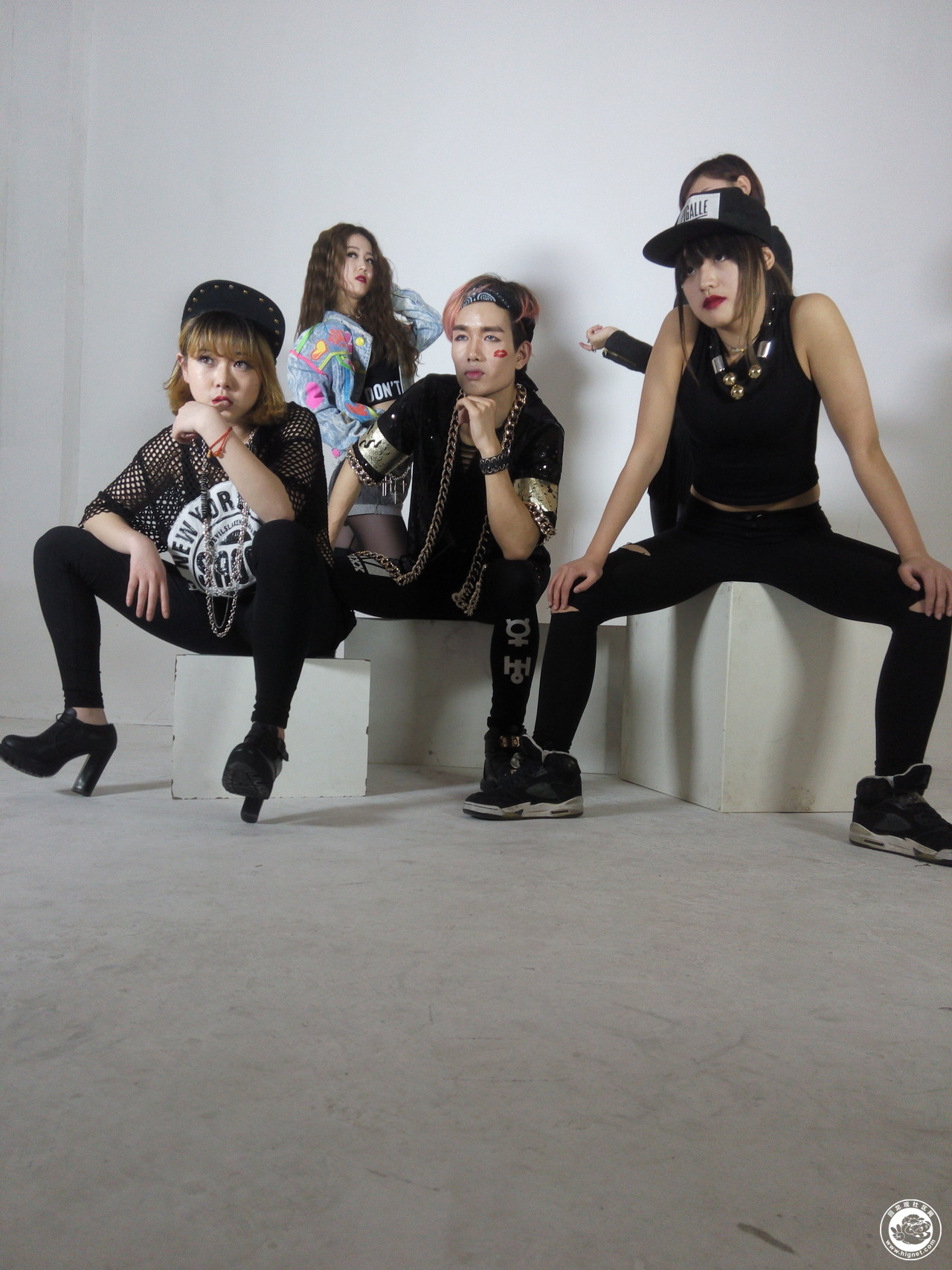 最新日韩女团舞蹈 4minute crazy miss a 最新舞蹈 only you...