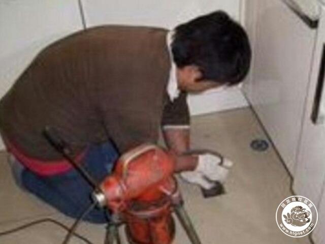 (5)北京回龙观疏通马桶:采用特殊设备