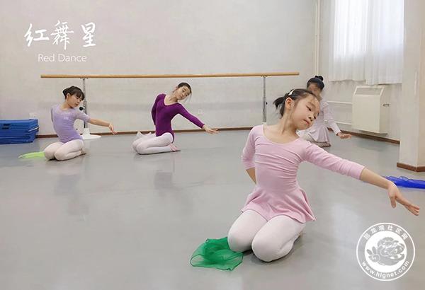 中国舞1.jpg