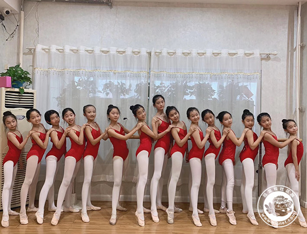 中国舞4.jpg
