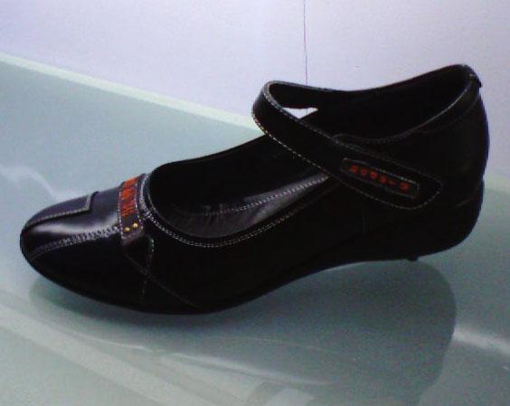小号真皮女鞋(32-39码)