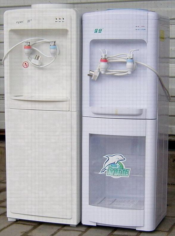 安吉尔-安鹏饮水机(购10桶起送饮水机)