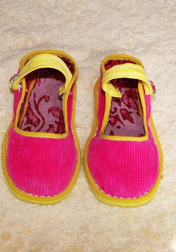 春天来了,给宝宝买双布鞋吧