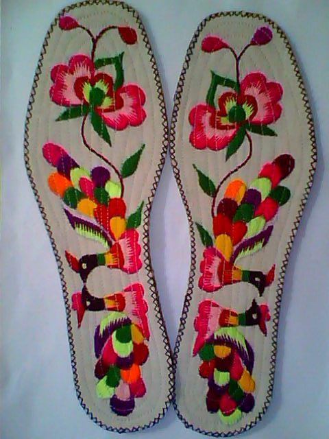 纯(半)手工制作的十字绣绣花鞋垫,优惠哦