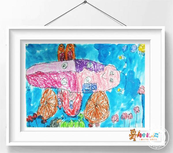 夏天的蝴蝶幼儿画画