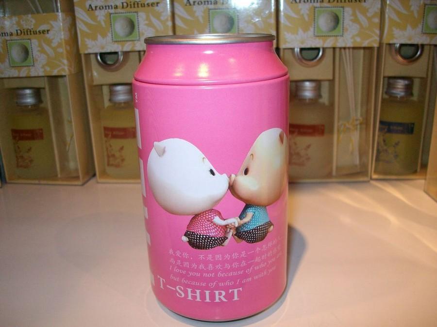 可乐米t恤,可口可乐 t恤,米白色t恤,米字旗t恤;; 易拉罐手工笔筒图片