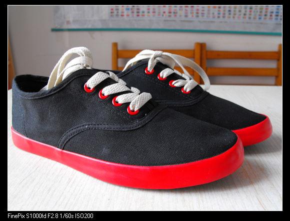 李维斯帆布鞋,女生高帮帆布鞋
