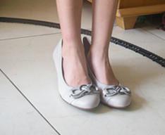 小女孩凉鞋白袜脚美女帆布鞋白袜脚白袜脚超美白袜脚