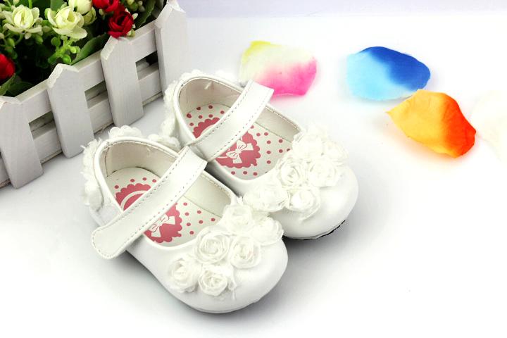 幼儿鞋子简笔画