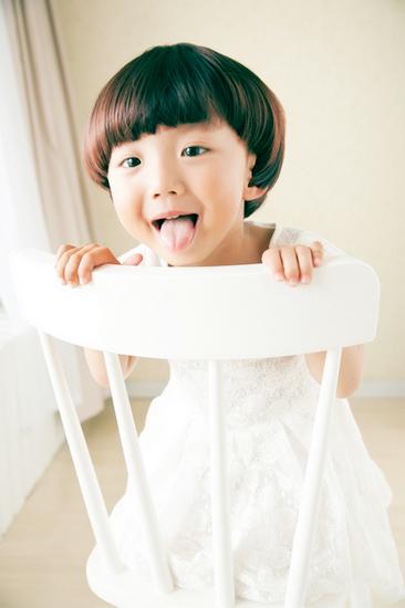 【哈尼小熊镜头下可爱的孩子们~~~】很多很多照片